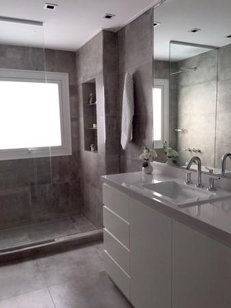 http://juaneiras.com.ar/files/gimgs/th-25_JURAMENTO-baño-01.jpg